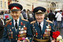 Путин заявил, что к 2015 году все военные и ветераны будут обеспечены жильём
